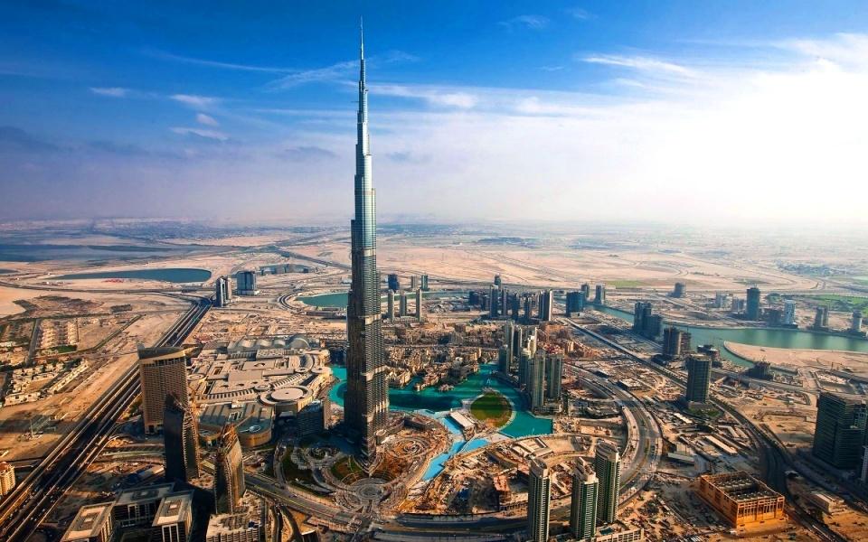 Башня Бурдж Халифа - 828 метров