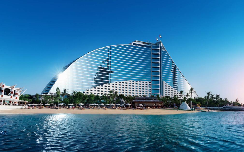 Отель в элитной пляжной зоне Джумейра в Дубаи